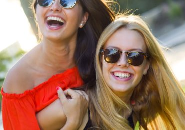 12 Reasons to Be Happy Right Now at the Moment